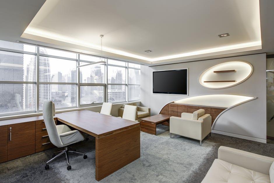 designerskie biurko do salonu