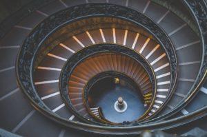 wewnętrzne płytki schodowe odporne na uszkodzenia